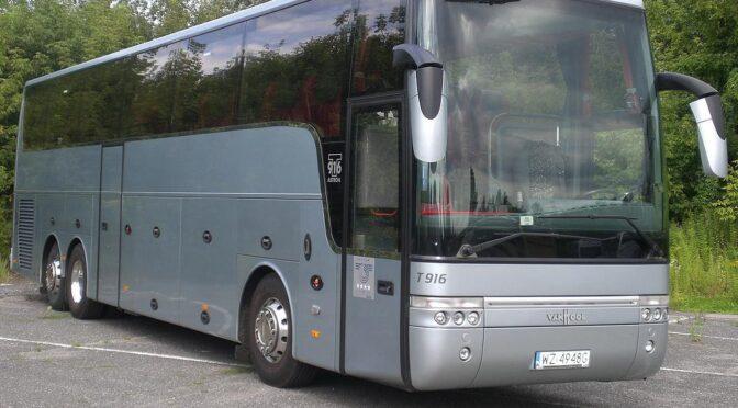 Mercedes VAN HOOL